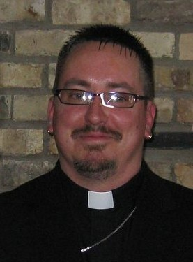 Rev. Donny officiates weddings in Southern WI, including Edgerton, Janesville, Northern IL, Rockford and other areas.